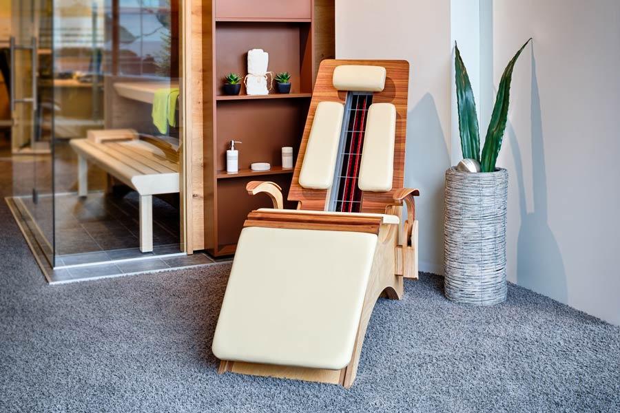 Relaxliege wohnzimmer verstellbar elegant relaxliege for Relax zimmer einrichten